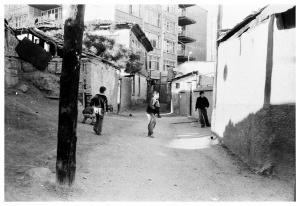 Sokak Çocukları - İlford Hp5 Plus - Ankara Kalesi /2004